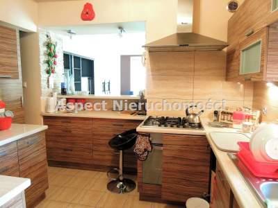 Domy na Sprzedaż  Tuszyn                                      | 210 mkw
