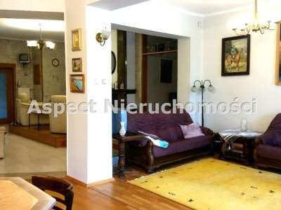 Häuser zum Kaufen  Częstochowa                                      | 300 mkw