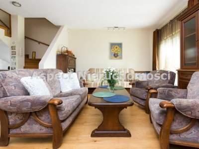Domy na Sprzedaż  Radom                                      | 152 mkw