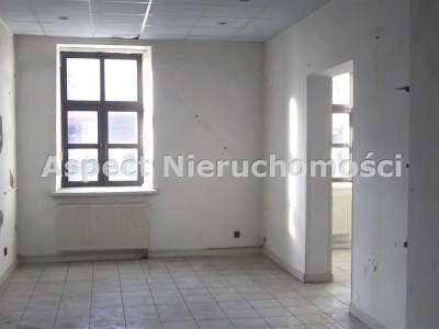 Lokale na Sprzedaż  Częstochowa                                      | 550 mkw