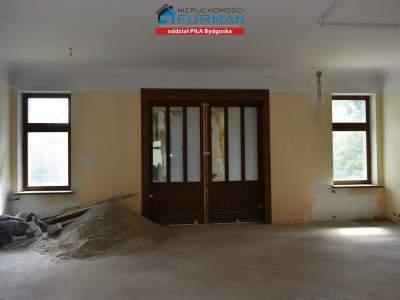 Gewerbeimmobilien zum Kaufen  Piła                                      | 640 mkw